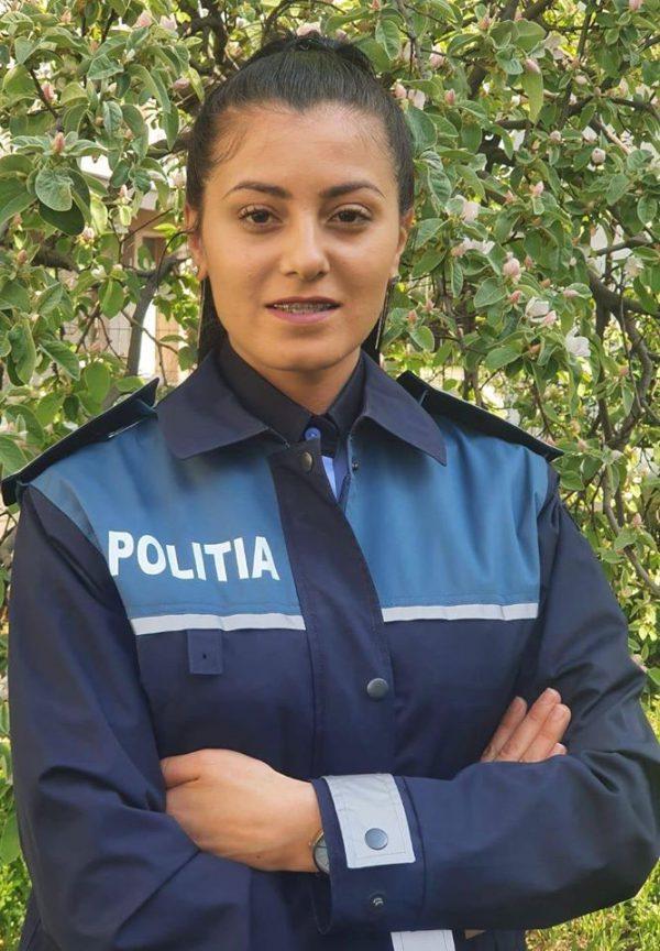 Polițisti Oameni Cosmina