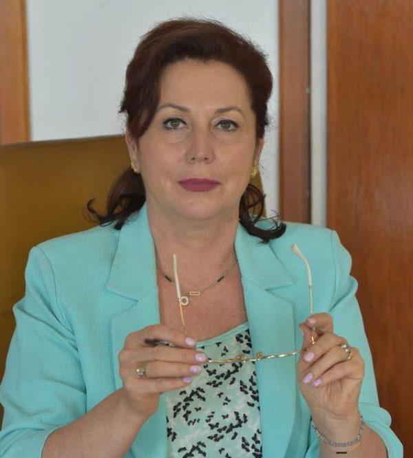 Carmen Holban Vanatoarea de romani