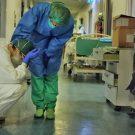 """Spitalele Groazei: O asistentă a rupt tăcerea. """"Mi s-a spus că oricine era trimis acolo, ieşea numai într-un sac de plastic."""""""