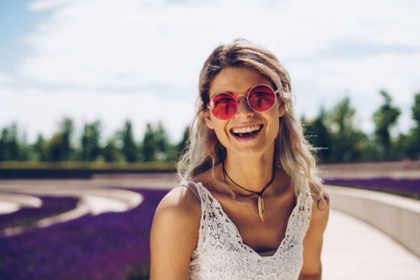 Află secretele unui zâmbet frumos și puterea unei danturi sănătoase